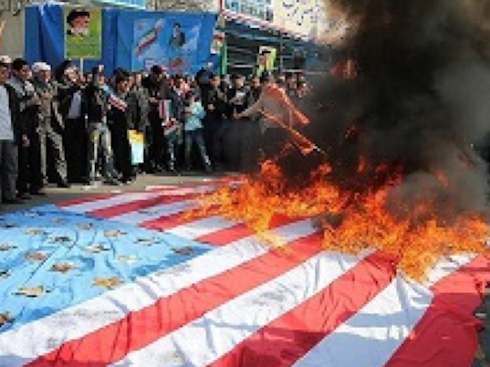 Iranians-burning-US-flag